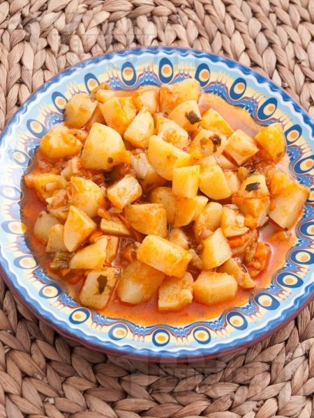 Постна зеленчукова картофена яхния - снимка на рецептата